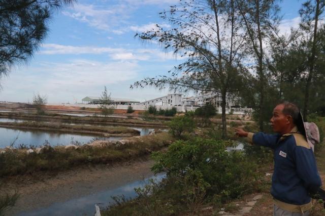 Người dân vây nhà máy Soda, đòi lấp cống thải ô nhiễm