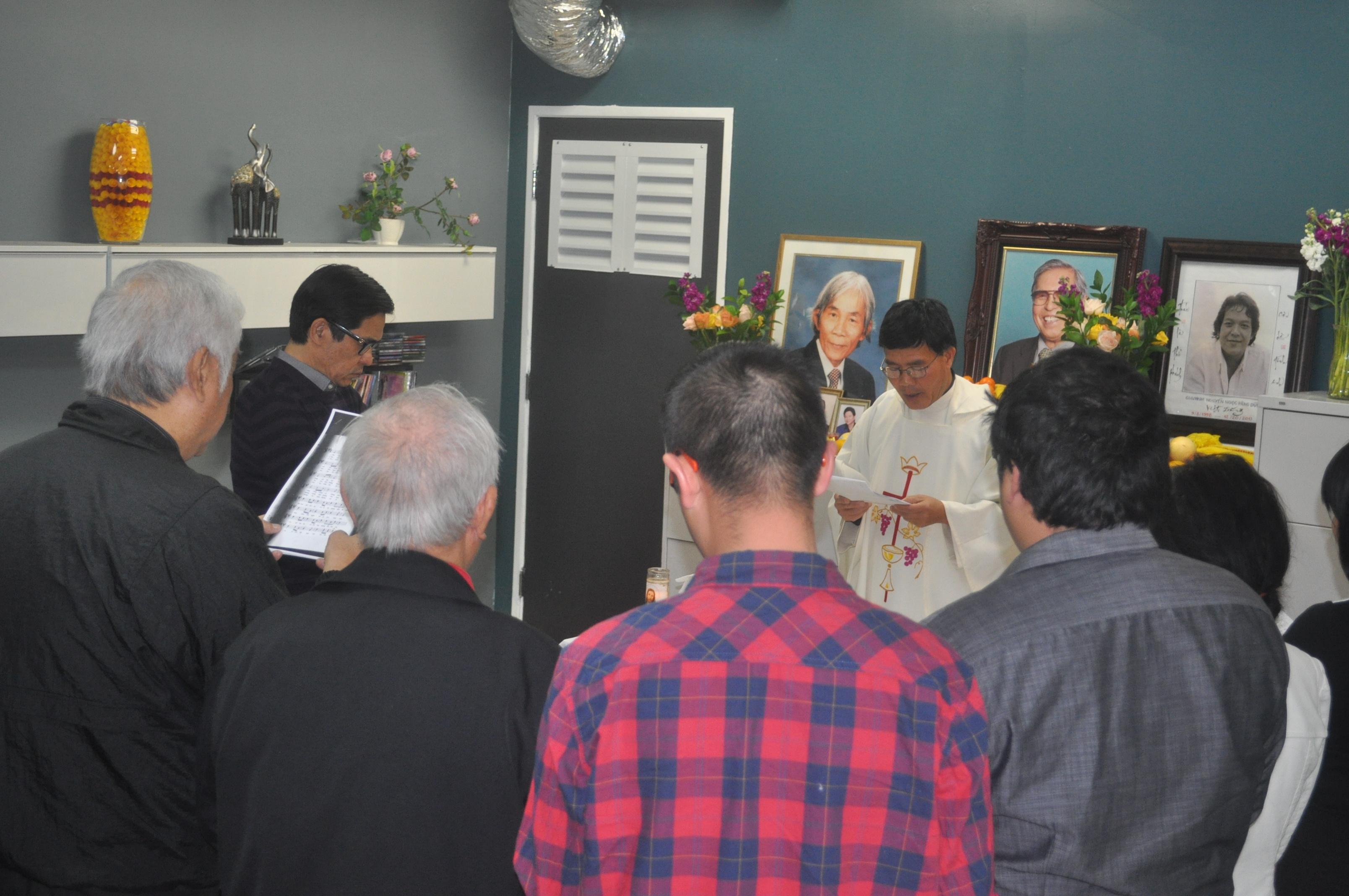 Thánh lễ giỗ 100 ngày mất của cố nhạc sĩ Anh Bằng