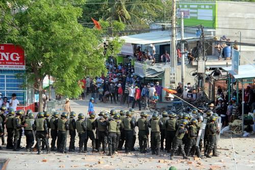 Tình hình biểu tình ở Bình Thuận trở nên hỗn loạn
