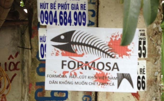 Hội Anh Em Dân Chủ phát động chiến dịch dán tờ rơi yêu cầu khởi tố Formosa
