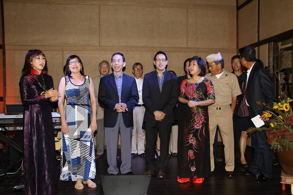 Văn nghệ gây quĩ cho chương trình Nhịp Cầu Hoàng Sa được 11 ngàn USD