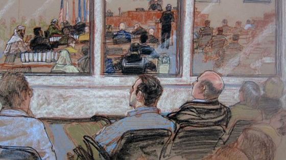 Các bị cáo âm mưu tấn công ngày 11 tháng 9 bày tỏ quan ngại bị FBI theo dõi
