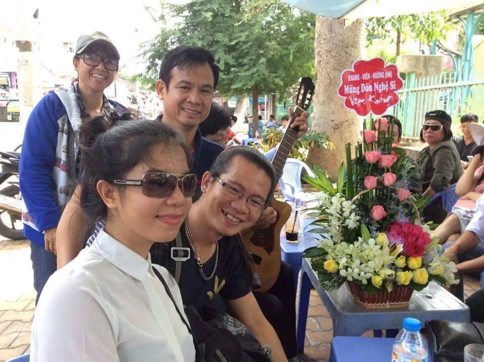 Công an Tiền Giang sách nhiễu những người đi đón nhạc sĩ Việt Khang