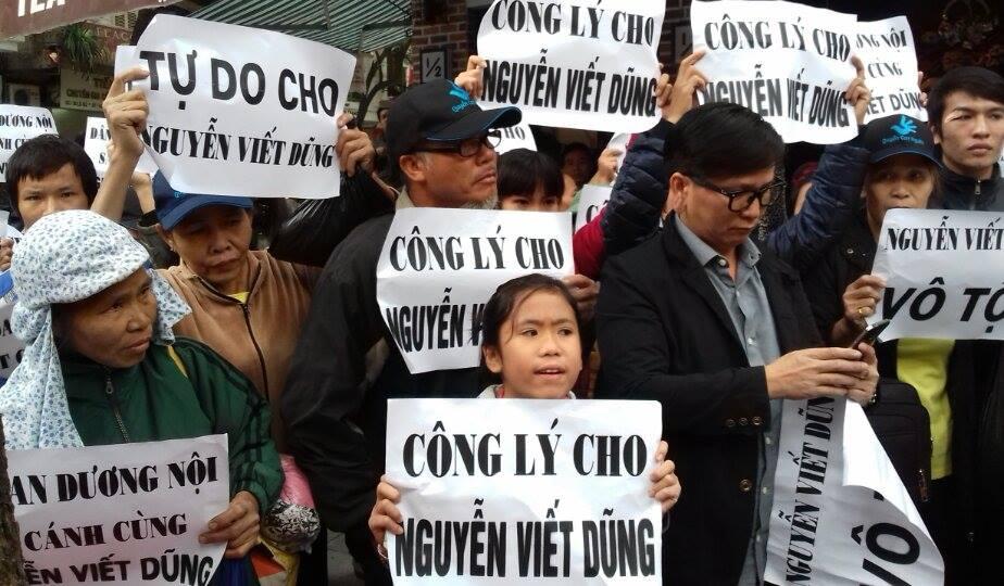 Diễn biến phiên toà xét xử Nguyễn Viết Dũng