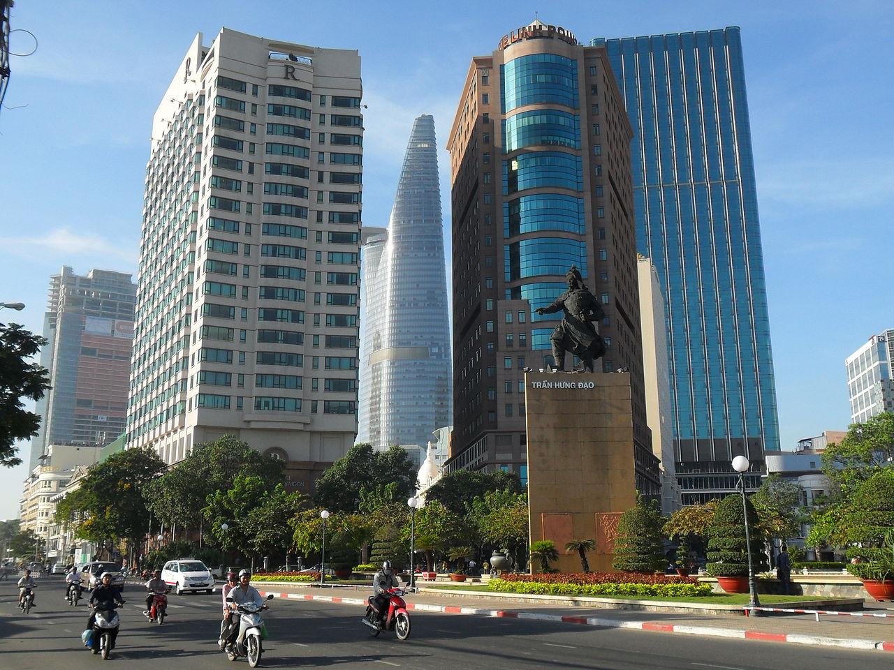 Kinh tế Việt Nam căng thẳng theo biển Đông