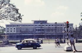"""Nội tình & hậu quả thê thảm của chiến dịch """"đánh tư sản"""" miền Nam Việt Nam sau 1975 (Tèo Ngu Khìn)"""