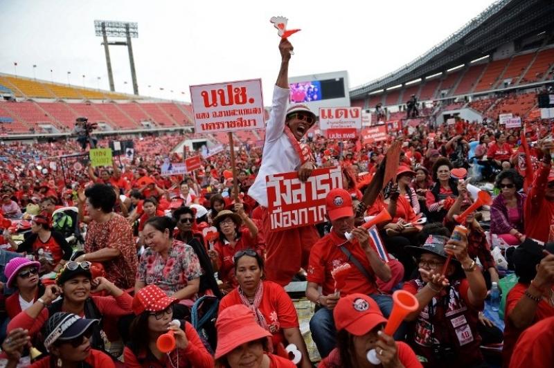 Phe áo đỏ Thái Lan biểu tình chống phán quyết hủy kết quả bầu cử