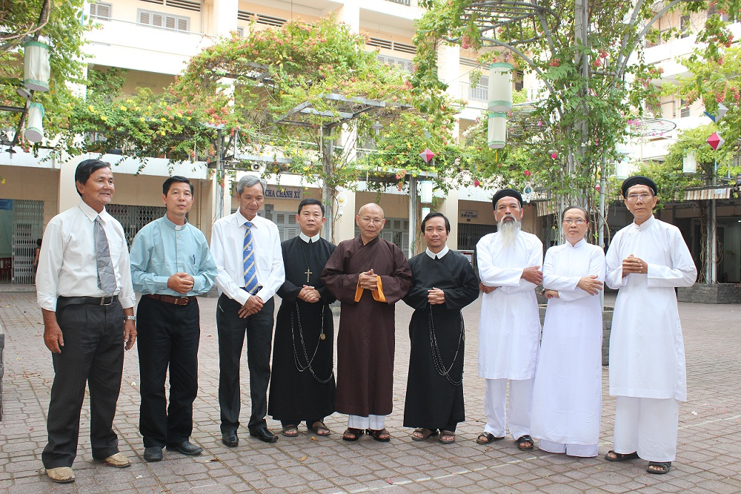 Công an Huế  không cho Hội Đồng Liên Tôn biếu quà tri ân TPB VNCH