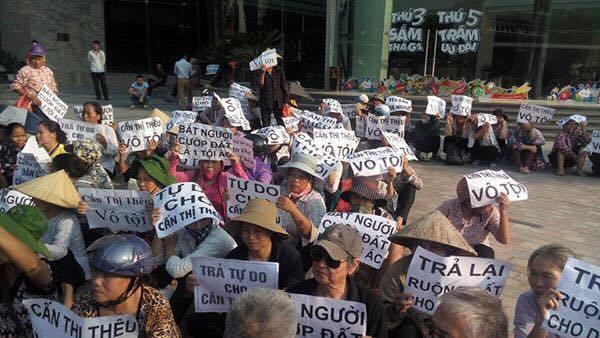 Dân oan Cấn Thị Thêu bị kết án 20 tháng tù giam