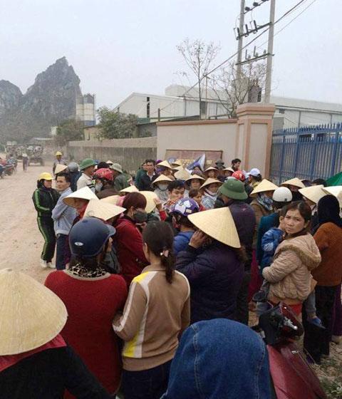 Lại người dân Thanh Hóa đứng lên: bao vây nhà máy phân bón ô nhiễm môi trường