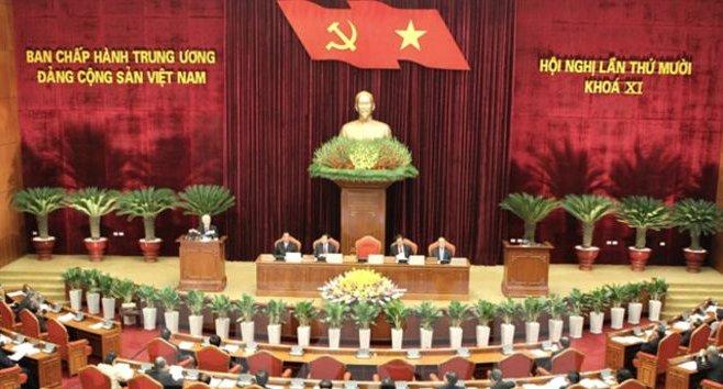 CSVN khủng hoảng lãnh đạo (Phạm Trần)