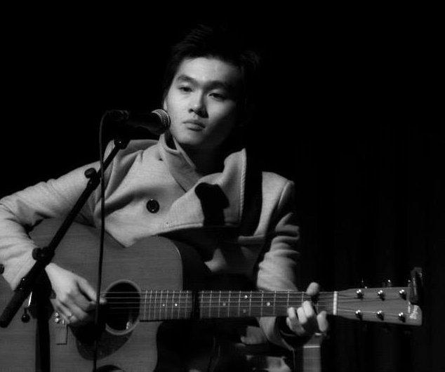 Mai Thanh Sơn – tiếng hát bay trên những phím đàn