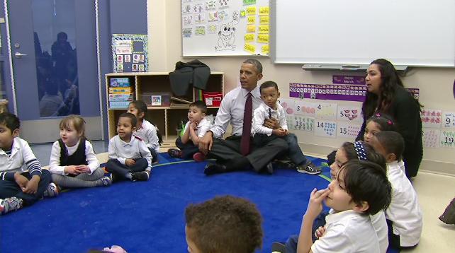 Obama thăm trường tiểu học, nhấn mạnh tầm quan trọng của ngành mầm non