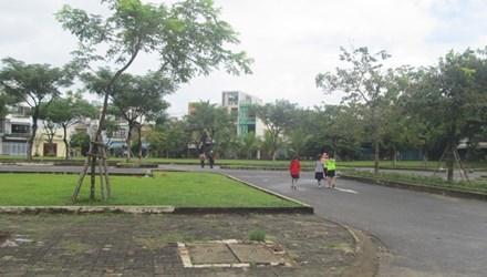 Mặc dân phản đối, chính quyền vẫn quyết phá công viên để làm bãi đậu xe