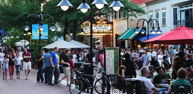 Charlottesville dẫn đầu danh sách các thành phố hạnh phúc