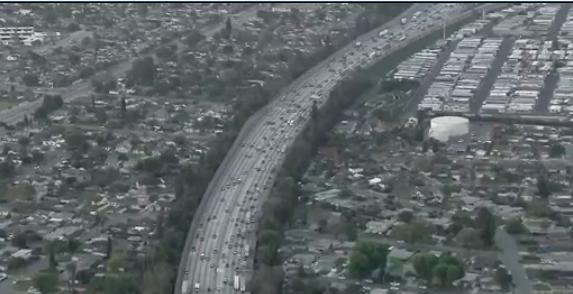 2.9 triệu dân Nam Cali. đi chơi Memorial Day
