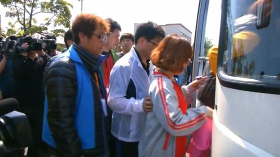 Gia đình nạn nhân chìm phà Nam Hàn chỉ trích nổ lực tìm kiếm người mất tích