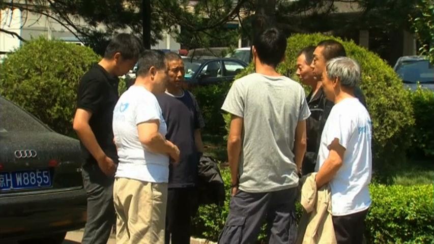 Thân nhân hành khách chuyến bay MH370 không chịu rời khỏi Kuala Lumpur
