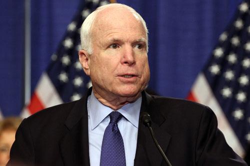 """Bản tuyên bố của Thượng nghị sĩ John McCain bị báo """"quốc doanh"""" cắt xén!"""