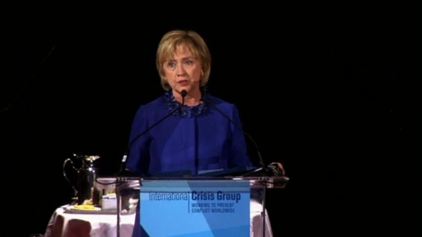 Hillary Clinton chỉ trích chính phủ Nigeria về cách đối phó vụ các nữ sinh bị bắt cóc