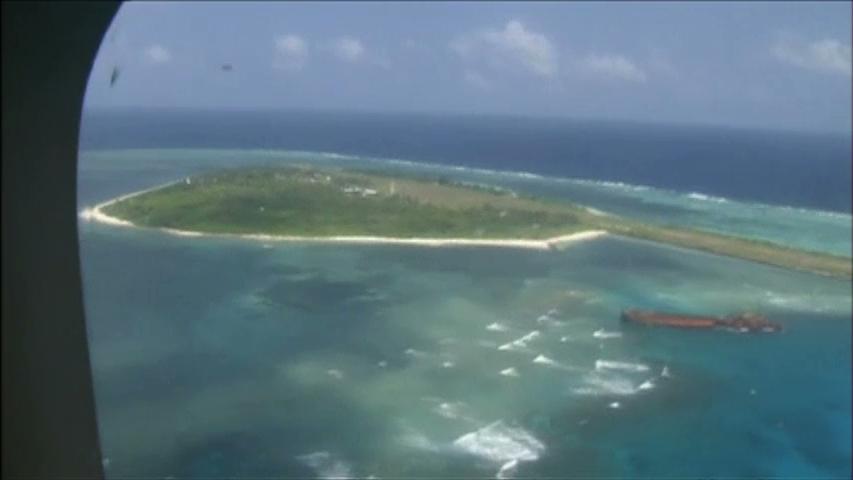 Trung Cộng xây phi trường trên đảo đá đang tranh chấp chủ quyền với Phi Luật Tân