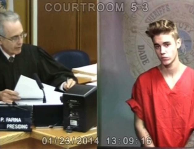 Ca sĩ nhạc Pop Justin Bieber bị buộc tội cướp giật ở California
