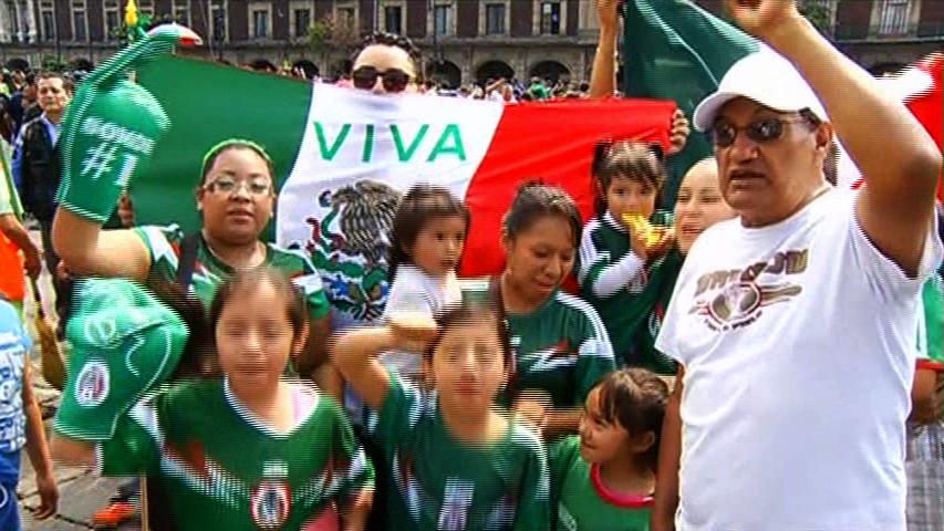 Mexico và Nam Hà ăn mừng sau khu trận đấu vừa qua của hai nước