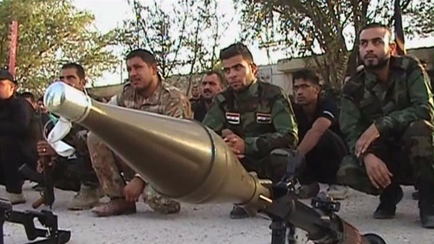 Dân chúng thủ đô Baghdad giúp đỡ thanh niên tòng quân