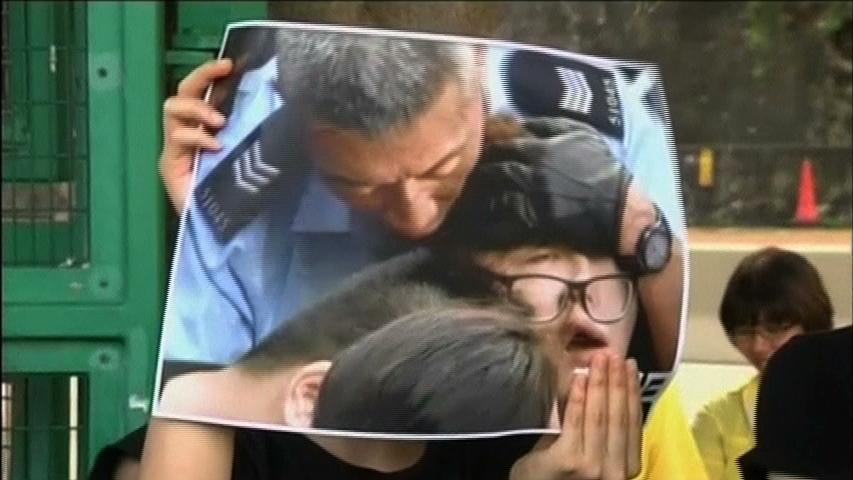 Chính quyền Hong Kong trả tự do cho những người biểu tình bị bắt