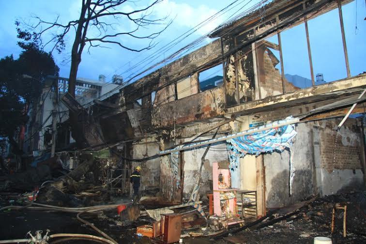 Dân chúng bất bình sau vụ cháy Ban Ma Thuột
