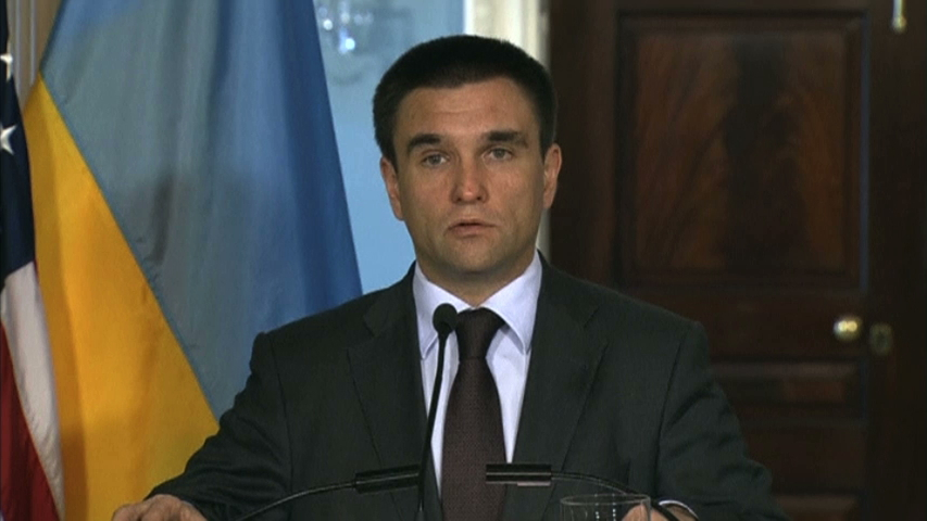 Ngoại trường Hoa Kỳ, Ngoại trưởng Ukraine kêu gọi chấm dứt cuộc chiến gần nơi phi cơ rơi