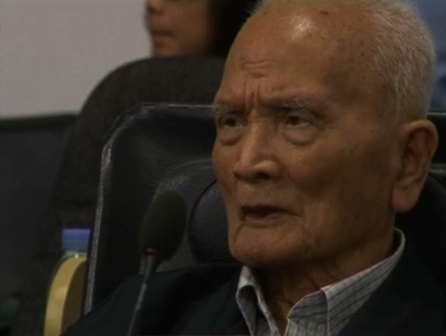 Nuon Chea ra toà Liên Hiệp Quốc tại Cambodia xử tội ác chiến tranh