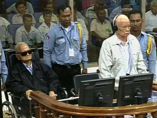 2 cựu thủ lãnh Khmer Đỏ bị tuyên án tù chung thân