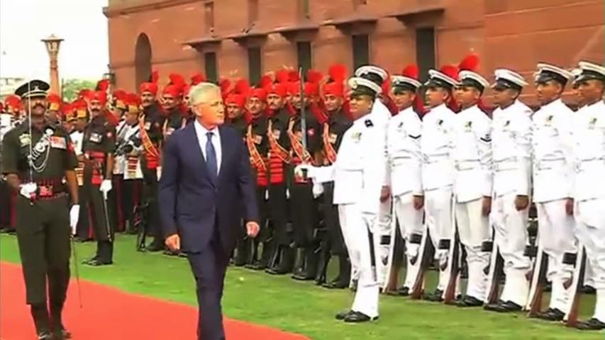 Bộ trưởng Quốc phòng Hoa Kỳ gặp Bộ trưởng Quốc phòng Ấn Độ