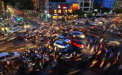 Bức ảnh giao thông hỗn loạn ở Sài Gòn đoạt giải quốc tế HIPA ở Dubai