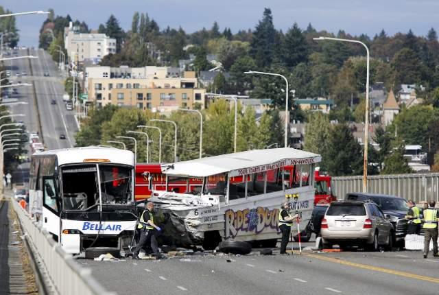 4 du học sinh Việt Nam bị thương trong tai nạn xe tại Seattle