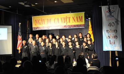 """Những ngọn lửa đã thắp lên và truyền đi sau Ngày Du Ca Việt Nam """"40 Năm Nhìn Lại"""""""