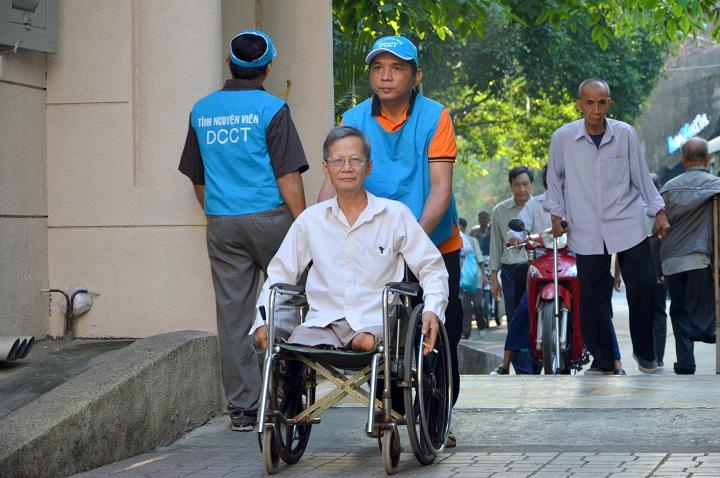 Dòng Chúa Cứu Thế ở Sài Gòn vẫn tiếp tục sứ vụ giúp đỡ  thương phế binh VNCH