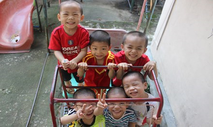Tổ Chức Chống Tàn Ác Với Trẻ Em kêu gọi giải quyết tình trạng trẻ Việt bị bán sang Anh