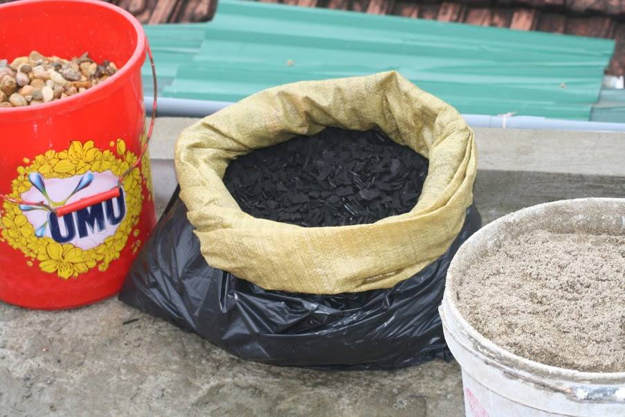Dòng Chúa Cứu Thế Sài Gòn lo nước sạch cho dân sau cơn lũ
