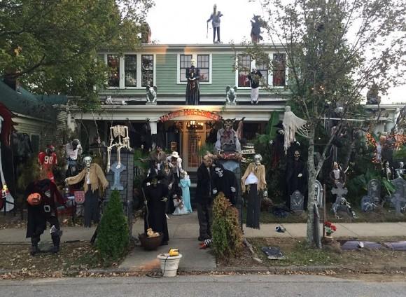 Ngôi nhà Halloween ở North Carolina được sự chú ý của cả tiểu bang