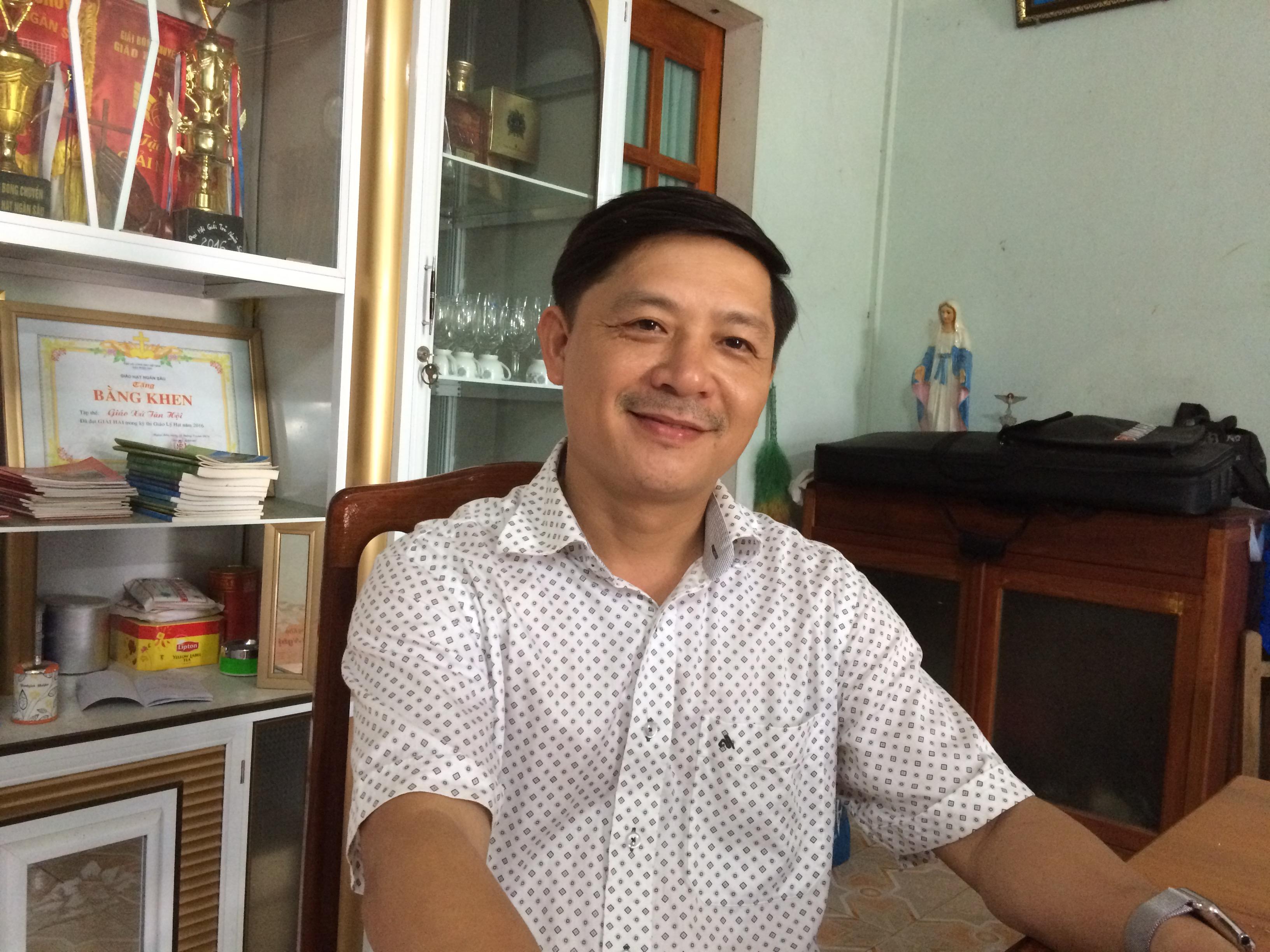 Các Linh Mục giúp dân Hương Khê yêu cầu đóng cửa nhà máy thuỷ điện Hố Hô và đền bù thiệt hại