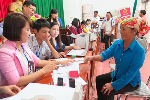Hà Tĩnh trả tiền tạm cấp bồi thường từ Formosa cho 30 ngư dân