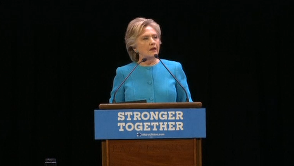 Bà Hillary Clinton dẫn trước ông Trump 7 điểm