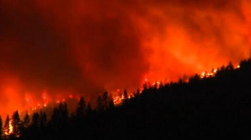 Cháy rừng ở Nevada, 23 căn nhà bị đốt rụi