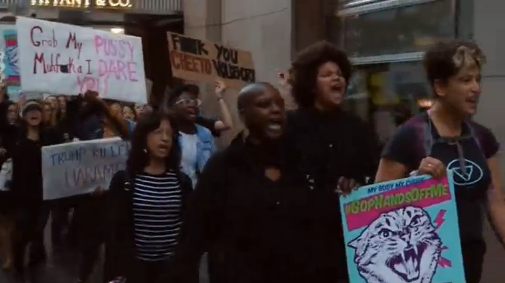 Biểu tình ở New York & Washington D.C để phản đối bình luận tục tĩu của ông Trump về phụ nữ