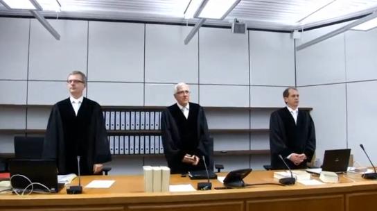 Đức xử tội thiếu nữ đâm 1 cảnh sát viên theo lệnh của ISIS