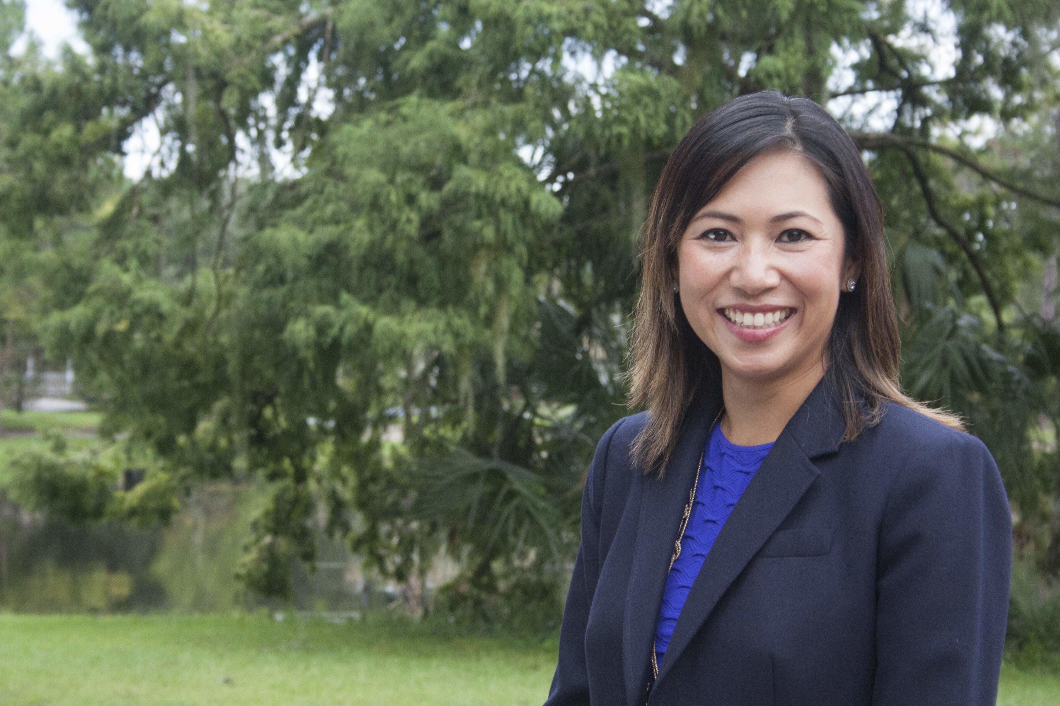 Phụ nữ gốc Việt tranh cử dân biểu Mỹ