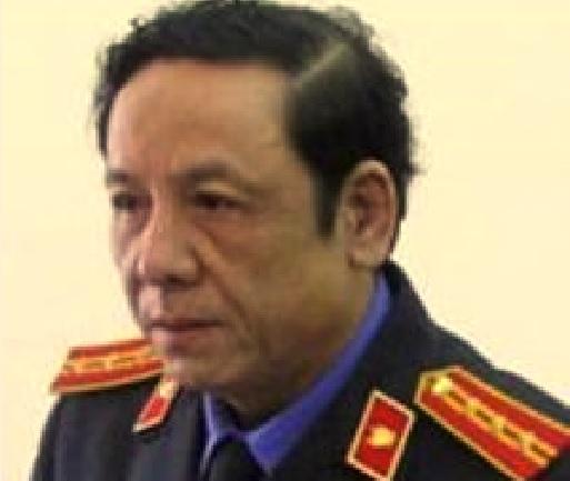 Viện trưởng viện kiểm sát nhân dân huyện bị đâm trọng thương tại phòng làm việc