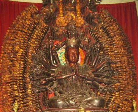 Tượng Phật Bà Nghìn Tay Nghìn Mắt được tìm thấy nhưng bị chặt tay